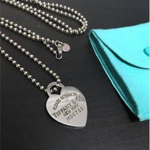 Authentic return to Tiffany and co necklace.